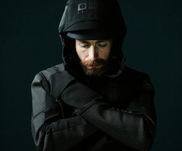 vollebak-condition-black-jacket-3.jpg | Image