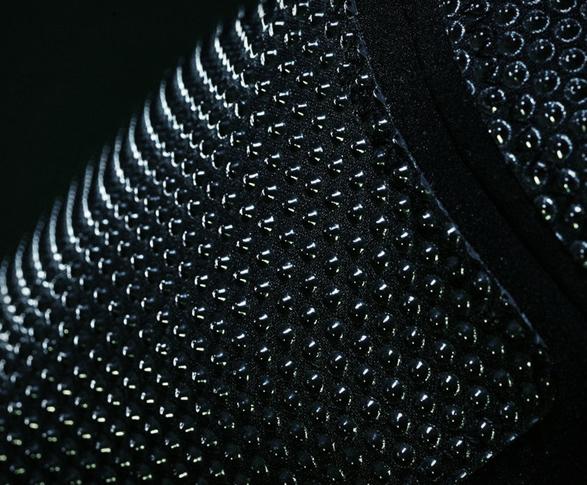 vollebak-condition-black-jacket-7.jpg