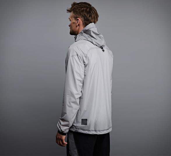 vollebak-solar-charged-jacket-3.jpg | Image