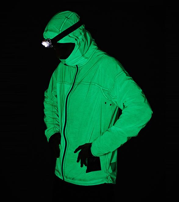 vollebak-solar-charged-jacket-new-6.jpg