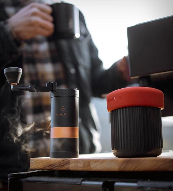 vssl-java-handheld-coffee-grinder-3.jpg | Image