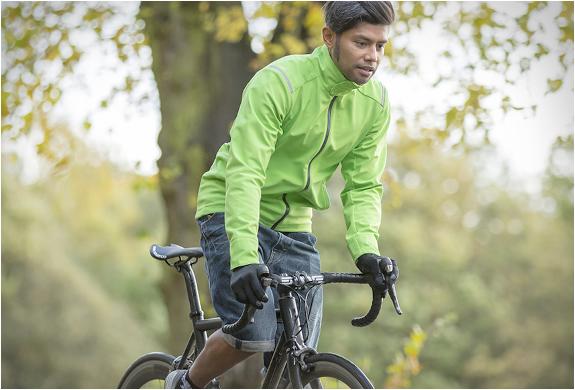 vulpine-cycling-apparel-04.jpg | Image