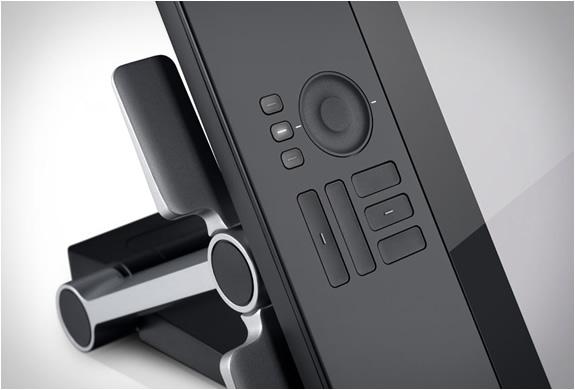 wacom-cintiq-24hd-touch-3.jpg | Image