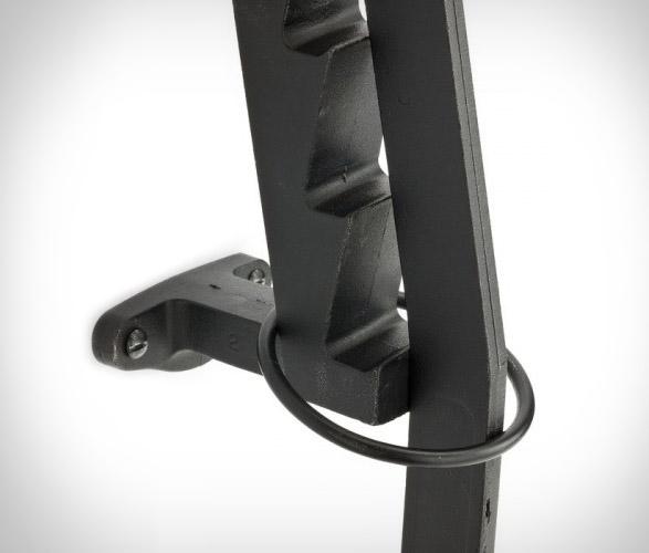 wall-mounted-kindling-wood-splitter-3.jpg   Image
