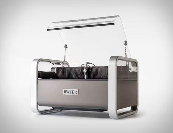 wazer-desktop-waterjet-cutter-8.jpg