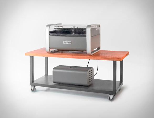 wazer-desktop-waterjet-cutter-9.jpg