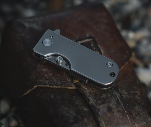 wesn-titanium-micro-knife-2.jpg | Image