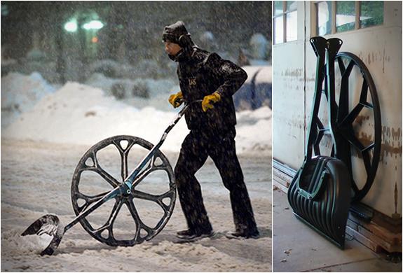 Snow Wolf | Wheeled Snow Shovel | Image