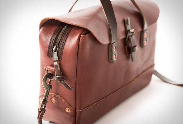 whippimg-post-zip-top-briefcase-8.jpg