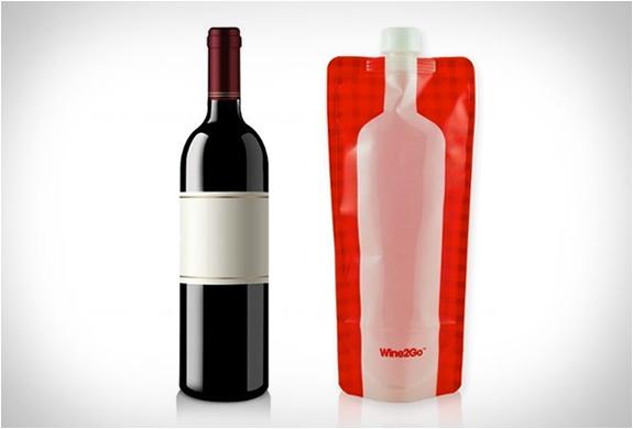 Wine2go | The Foldable Wine Bottle