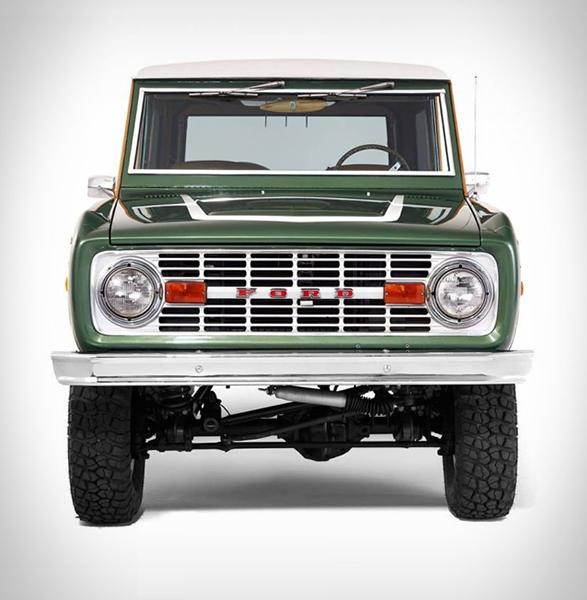 woody-ford-bronco-7.jpg