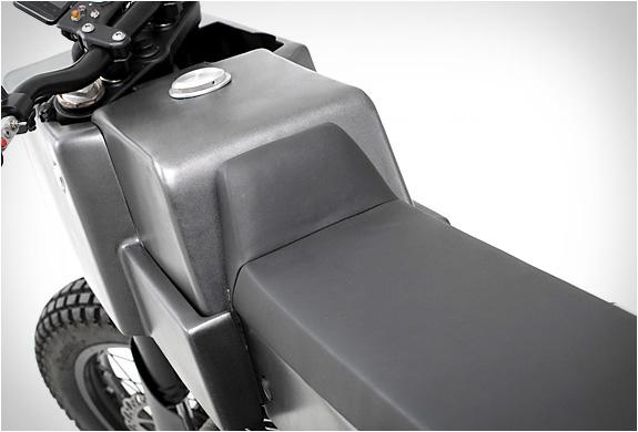 yamaha-scorpio-thrive-motorcycles-7.jpg