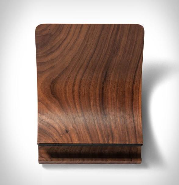 yohann-macbook-stand-2.jpg   Image