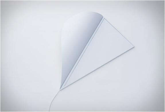 yoy-peel-corner-light-4.jpg | Image