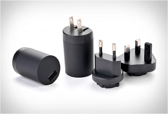 yubi-power-premium-travel-kit-3.jpg | Image