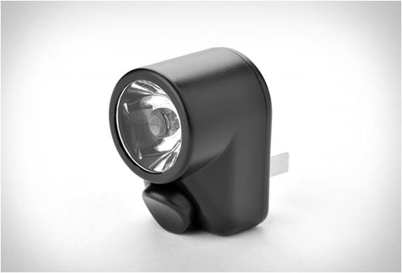 yubi-power-premium-travel-kit-6.jpg