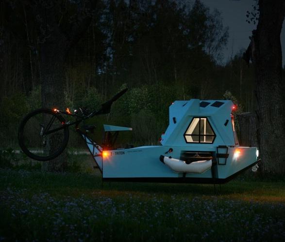 z-triton-house-boat-trike-12.jpg