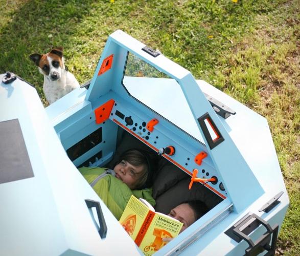 z-triton-house-boat-trike-7.jpg