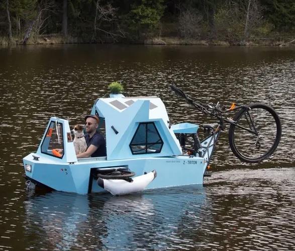 z-triton-house-boat-trike-9.jpg