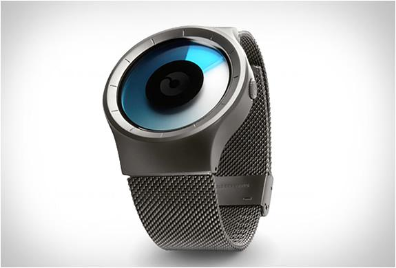 ziiiro-celeste-watch-2.jpg | Image