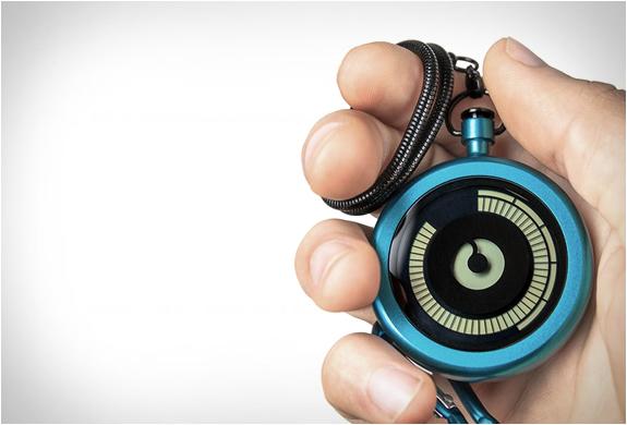 ziiiro-pocket-watch-6.jpg