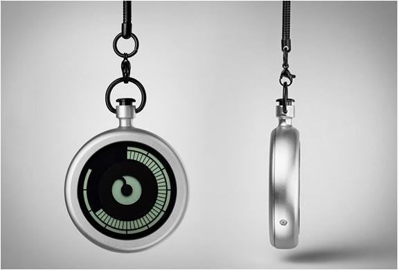 ziiiro-pocket-watch-7.jpg