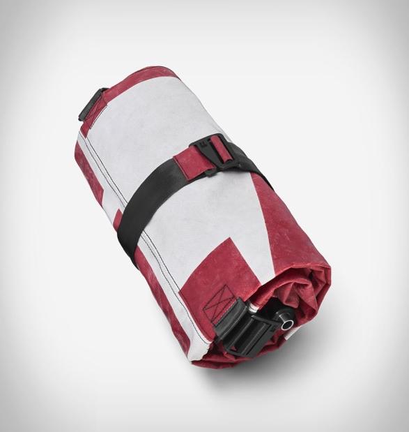 zippelin-inflatable-travel-bag-5-a.jpg