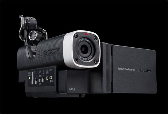zoom-q4-camera-4.jpg | Image